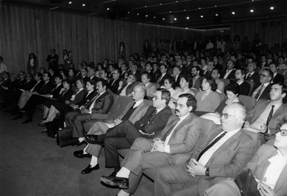 Fotografia plateia do auditório Jornadas 87