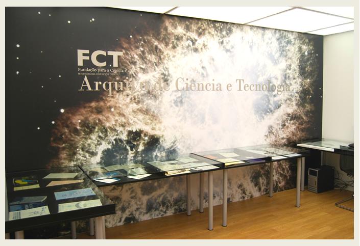 Fotografia sala de referência do ACT