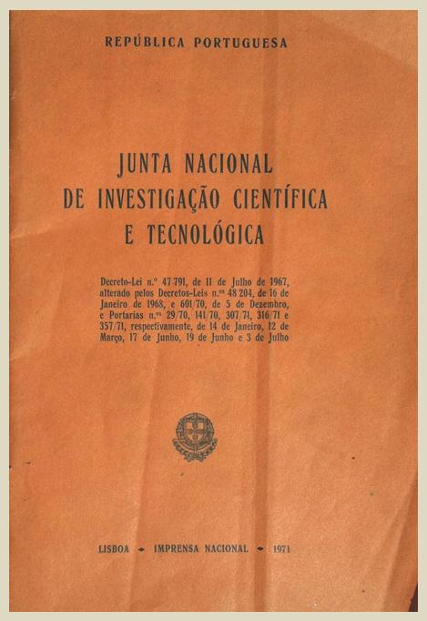 Fotografia capa do DL de criação da JNICT