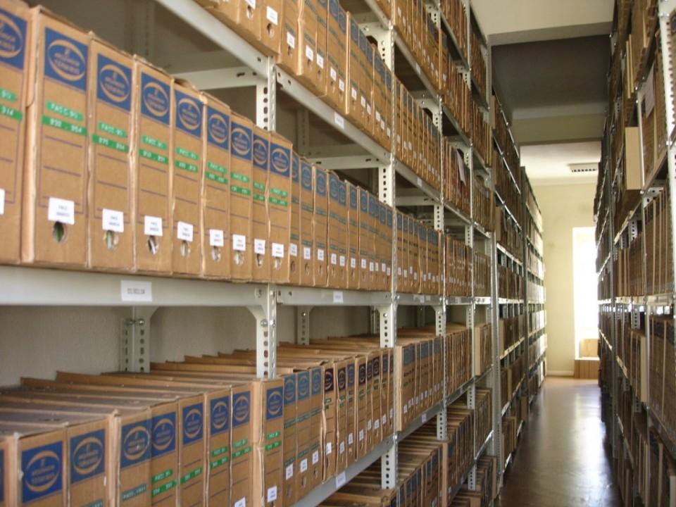 Fotografia antigas instalações de depósito de arquivo ACT