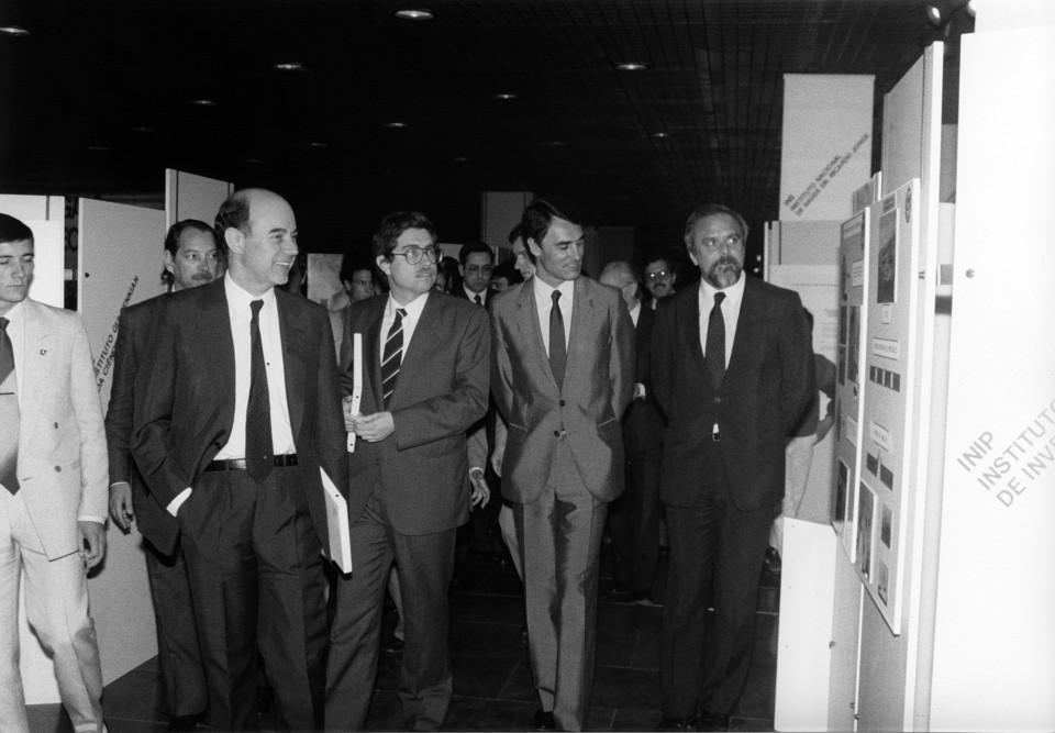 Fotografia visita à exposição realizada no âmbito das Jornadas